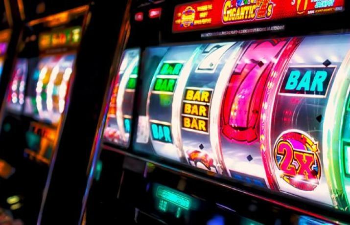 игровые автоматы играть бесплатно свинки 2021 года